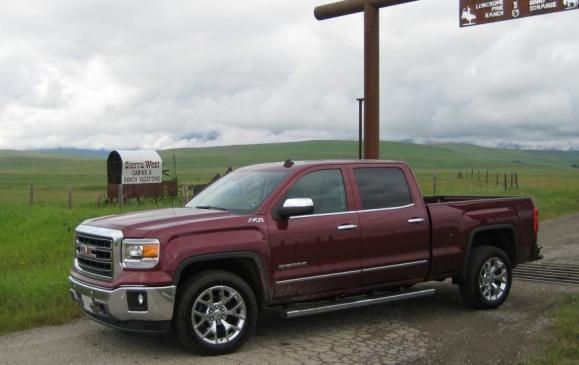 2014 GMC Sierra SLT - side 3/4 view