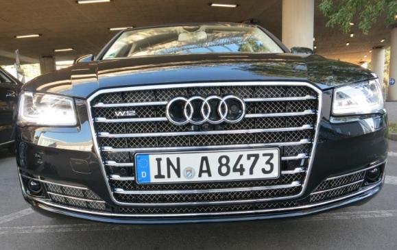 2015 Audi A8 - W12 front grille