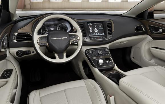 2015 Chrysler 200 - front seats and instrument panel
