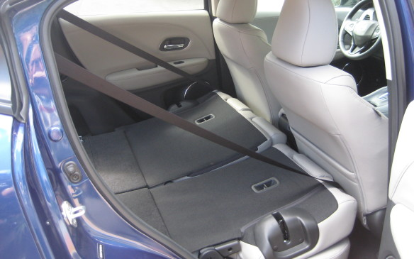 <p>Since the HR-V uses the same global platform as the Fit, with its centre-mounted fuel tank, the impressive cargo-carrying capabilities that set the subcompact apart are also featured in the HR-V. The rear seatbacks fold flat to create a spacious, flat cargo deck, which can be extended for longer items by folding forward the front passenger seat. In that mode, items up to two metres in length can be accommodated – and rear liftgate can still be closed.</p>