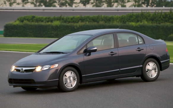 <p><strong>2006-11 Honda Civic Hybrid</strong></p> <p>Honda has never quite matched Toyota's cleverness at devising a seamless gasoline-electric hybrid powertrain. Consider the hybrid version of Canada's favourite automobile as a case in point. The second-generation Civic Hybrid received the same Jetsons styling, enhanced safety features and snazzy interior as the redesigned 2006 Civic. Yet the Hybrid made do with the previous 1.3-L SOHC four banger making 93 hp, mated to a larger 20-hp electric motor. There still wasn't enough caffeine to prod the Civic from a stop under electric power alone, however.</p>