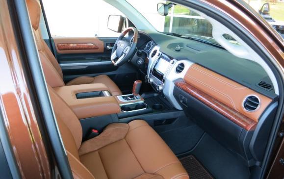 2014 Toyota Tundra - front seats