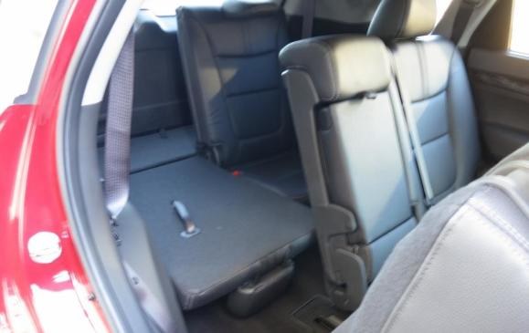 2014 Kia Sorento - third row seats