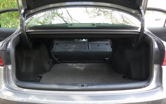 2014 Lexus IS350 - trunk