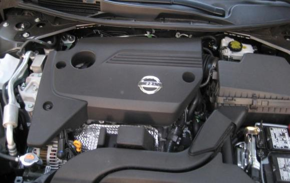 2013 Nissan Altima 2.5-litre engine