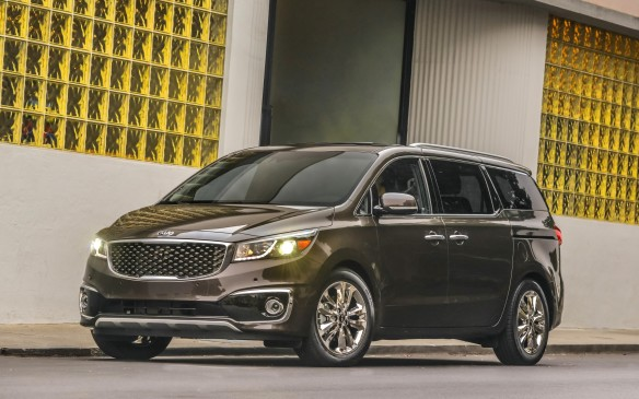 <p><strong>Highest-ranked Minivan: Kia Sedona.</strong></p> <p>Runners-up: Toyota Sienna and Honda Odyssey</p>