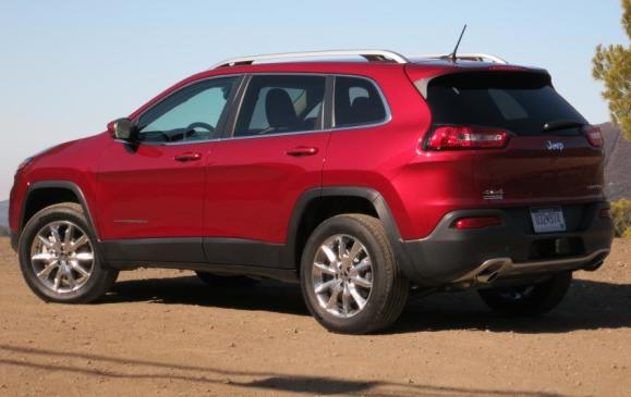 2014 Jeep Cherokee - rear 3/4 view low