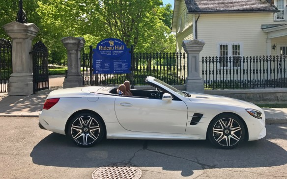 <p>The next day, we flew from Fredericton to Ottawa, where the temperature was finally hot enough to turn off the added heat. We drove an SL550 this time and headed east beside the Ottawa River and over into Quebec at Hawkesbury.</p>