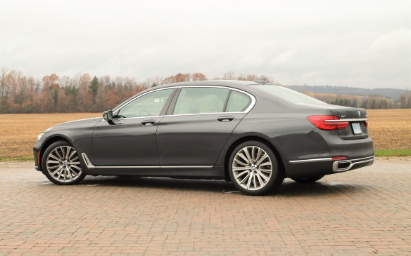 <p><strong></strong>Pricing for the 2016 7 Series starts at $117,900 in Canada, but there's an endless possibility of options to send the price higher. Our 750Li test car listed at $148,900, so what does it do that your mere $80,000 luxury car almost certainly does not? Let's take a look.</p>