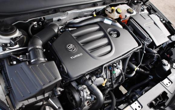 2012 Buick Regal GS - engine