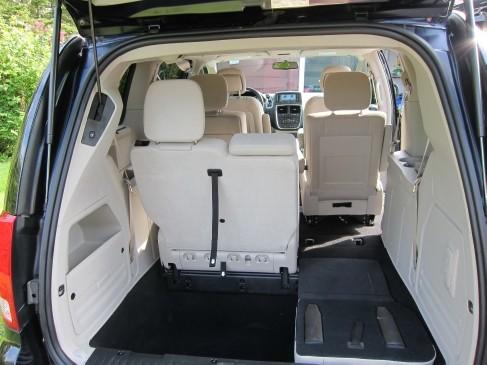 2011 Dodge Grand Caravan inside