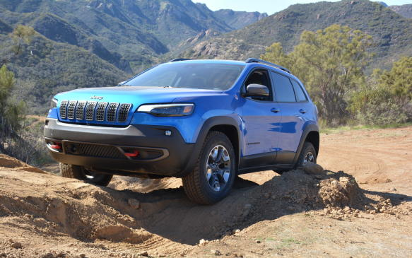 <p>Pricing for the 2019 Jeep Cherokee starts at $29,995 for the 4x2 version, but almost 90 % of Canadian sales are 4x4 models, which start at $32,495. The off-road focused Trailhawk model begins at $38,995.</p>