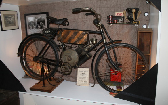 "<p>The first person to cross the United States from coast to coast by motor vehicle was George Wyman in 1903, and his ""California"" motorcycle became the Yale brand, like this 1905 example. He broke down in Nebraska and the bike was fixed by Louis Flescher, a bicycle mechanic.</p>"