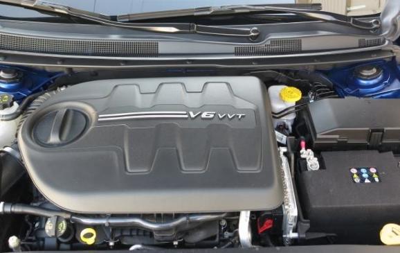 2015 Chrysler 200 - engine