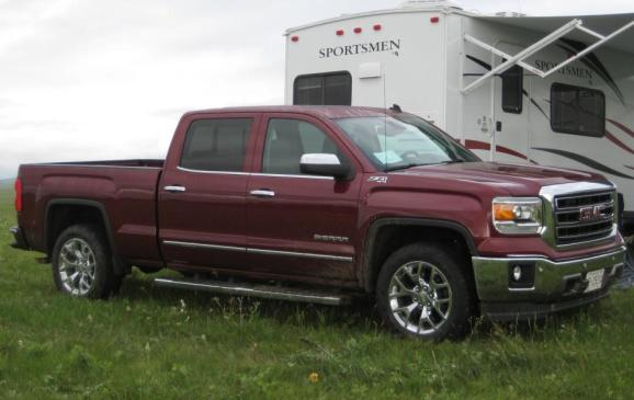 2014 GMC Sierra SLT - side 3/4 view low