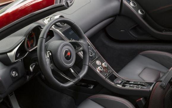McLaren 12C Spider - Interior