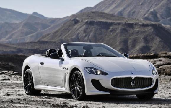 2013 Maserati GranCabrio MC - Front