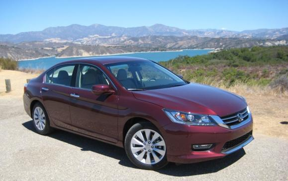 2013 Honda Accord - front 3/4 view, high