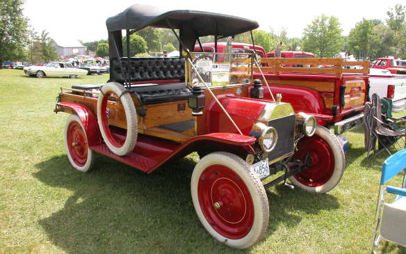 <p>In the early days, all Model Ts were NOT all black. That restriction only began with the 1914 models.</p>
