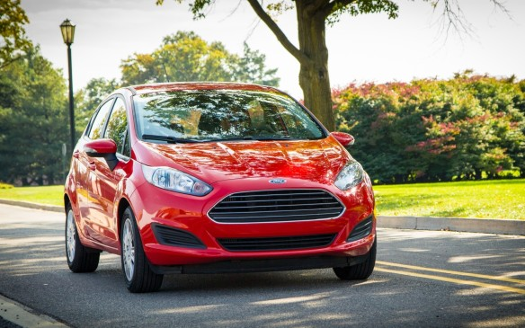 <p><strong>2015 Ford Fiesta</strong></p> <p>Ford's Fiesta has been recently updated to improve both appearance and usability, although the base S' starting price of $15,349 is high for a subcompact. The 1.6-litre gasoline engine is thrifty enough and the Fiesta does drive very well. But for an extra $2,500, you can step up to an SE trim that comes with a turbocharged 1.0-litre EcoBoost with 123 horsepower and a strong 148 lb-ft of torque. A five-speed manual is the only transmission available. Ford's current lease rate of 6.7 percent isn't great, but payments are around $350 a month for three-year leases.</p>