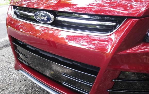 2013 Ford Escape - Grille
