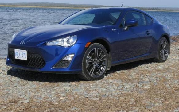 2013 Scion FR-S - front 3/4 view