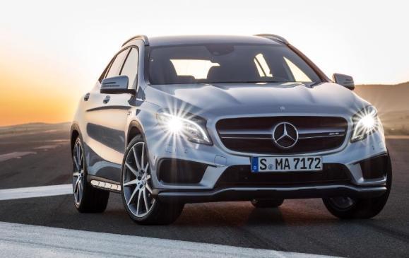 2015 Mercedes-Benz GLA 45 AMG static