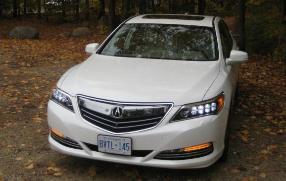 2015 Acura RLX - front view