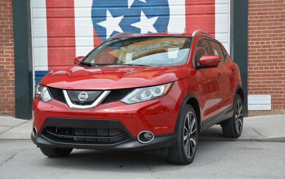 <p>There will be some cross-shopping between the Qashqai and Rogue, especially when buyers start going up trim levels in this new subcompact. The biggest difference is in length where the Qashqai totals 4,380 mm – 250 mm shorter than the Rogue. It's also 98 mm lower and 60 mm shorter in wheelbase as well as marginally narrower, by just 2 mm.</p>