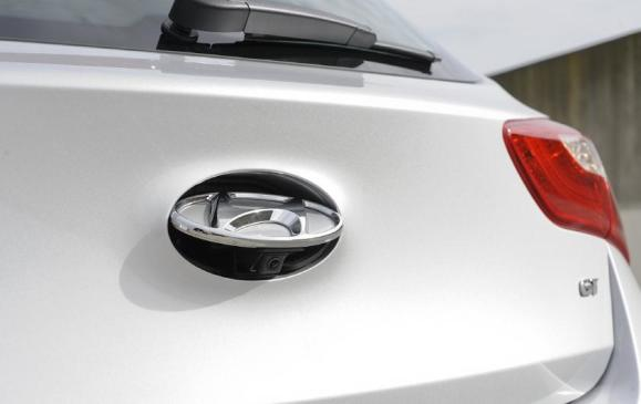 2013 Hyundai Elantra GT - rear camera