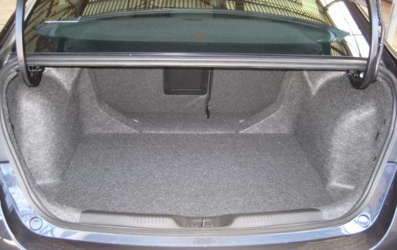 2013 Dodge Dart Rallye - trunk