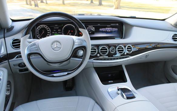 <p>Mercedes-Benz S550e hybrid</p>