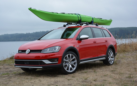 <p>Volkswagen's latest Golf iteration, the Alltrack is an all-wheel-drive (AWD) wagon that is now a top trim level for the 2017 Volkswagen Golf Sportwagen.</p>