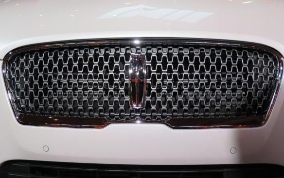 <p>2017 Lincoln MKZ</p>