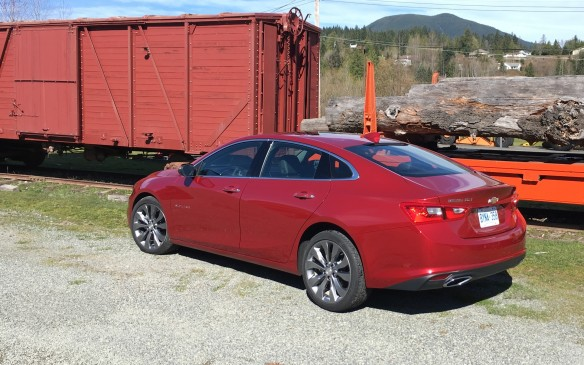 <p>The new Malibu is lighter, longer, roomier and loaded with advanced technologies and they all come with a price that's lower than that of the outgoing model.  </p> <p>Text and photos by Clare Dear</p>