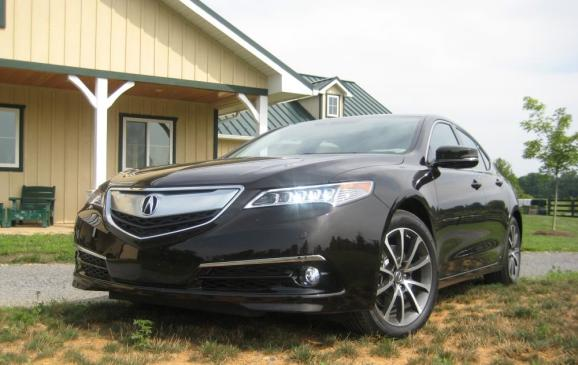 2015 Acura TLX - front 3/4 view low