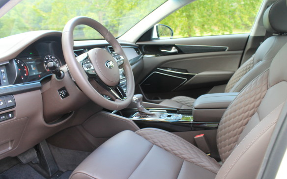 <p>We get only one interior colour scheme in Canada, which is black, unlike the lighter colour in our American tester. Americans have more choice, but then they sell more cars. This is the top-end Limited interior with quilted leather, but leather is standard in all levels.</p>