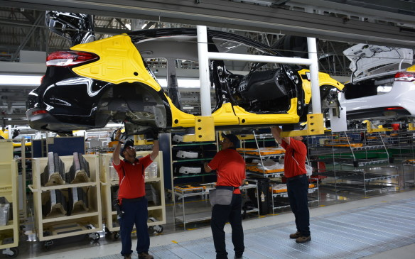 <p>Kia invested $3-billion to build KMM in Monterrey. Currently it has 7,000 employees working within the facility and Kia projects the plant will create a total of 14,000 new jobs for the city. The facility has a potential maximum capacity of 400,000 units a year, with 73 vehicles produced per hour. The 2016 production plan is a total of 105,000 units. In addition to the Forte, upcoming projects will include the Forte5 hatch and Rio. A third vehicle is a possibility down the road, but Kia wouldn't disclose which one.</p>