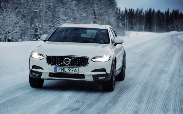 <p>The V90 Cross Country was designed and developed in Sweden where it is also built, in Volvo's Torslanda plant. It was tested extensively, in all imaginable conditions, and it shows. Driven on twisty, hilly and often icy roads on which only sand is sometimes spread, never salt, Volvo's newest remains balanced, composed and stable at all times. It always drives with a light touch, rides well and inspires great confidence, no matter what the skies and roads have in store. It will feel right at home in Banff, Kapuskasing or Chicoutimi.</p>