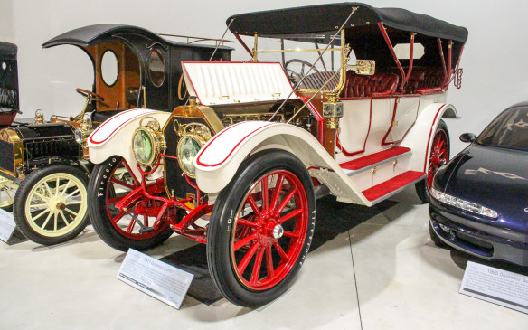 <p>One of the largest cars ever produced in America was this luxurious 1911 Oldsmobile Limited, which rolled on 42-inch wheels. Its sheer size is apparent compared to the 2004 Oldsmobile Alero to its right in this picture – the last model built with the Oldsmobile name.</p>