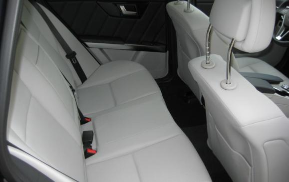 2013 Mercedes-Benz GLK 250 - rear seat