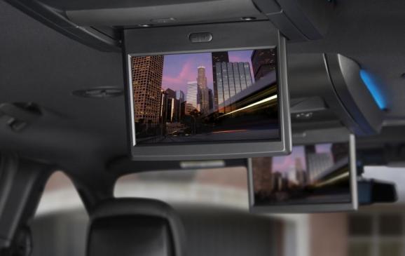 2013 Chrysler Town & Country S model