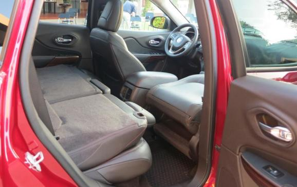 2014 Jeep Cherokee - rear seats folded