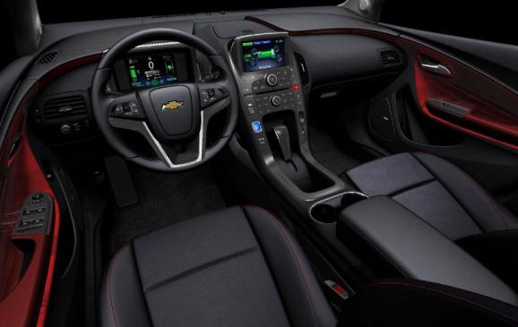 2013 Chevrolet Volt - cockpit