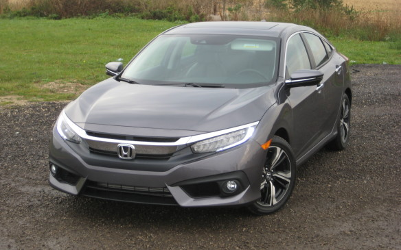 <p>2016 Honda Civic</p>