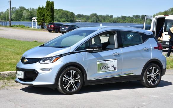 <p><strong>2017 Chevrolet Bolt EV Premier</strong></p> <ul> <li>Price as tested: $49,530 (starting price: $47,795.)</li> <li>Single motor and gearset. Permanent magnetic drive motor.</li> <li>Power: 200 hp/150 kW; Torque: 266 lb.-ft.</li> <li>Range: 383 kms.</li> <li>Fuel economy: 2.0 Le/100 km combined; AJAC energy consumption: 2.0 combined.</li> </ul>
