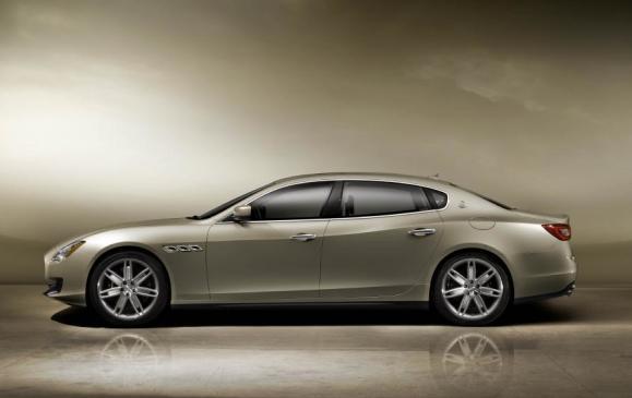 2013 Maserati Quattroporte - Side