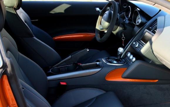 2012 Audi R8 GT - interior