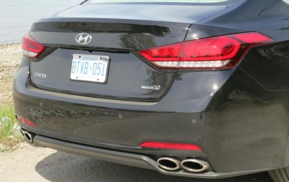 2015 Hyundai Genesis - rear end