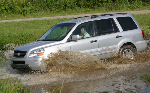 <p><strong>2003-08 Honda Pilot</strong></p> <p>The Pilot used Honda's familiar 244-hp 3.5-litre V-6 engine and five-speed automatic transmission, with added cylinder-deactivation technology to save fuel. Its Variable Torque Management 4WD system lacked low-range gearing, but a locking rear differential provided additional traction when wheel slippage was detected. Quality has been very good, although early models were plagued by the same troublesome automatic transmissions that haunted Odyssey and Acura MDX owners. And don't expect stellar fuel economy from this Honda.</p>